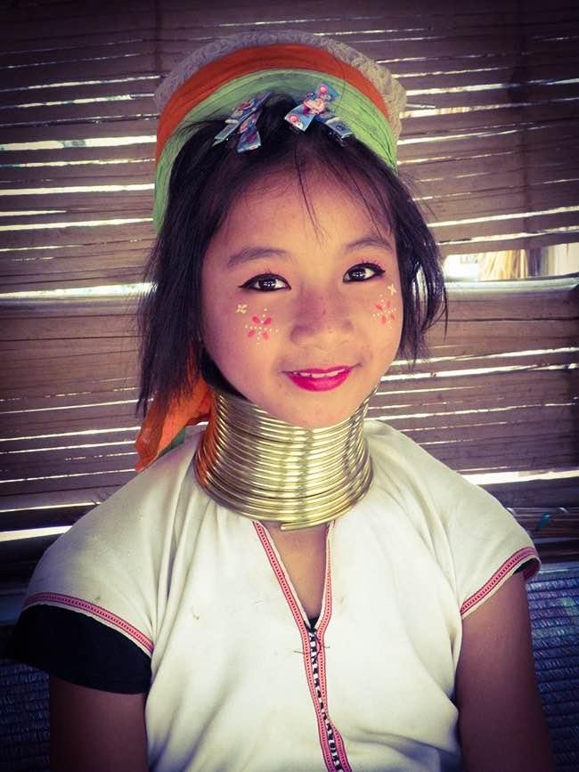 Jeune fille Karen Thailande
